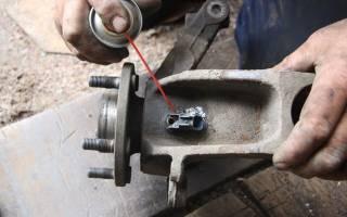 Как заменить ступичный подшипник на Форд Фокус 2