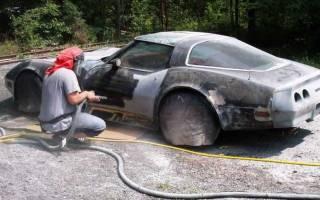 Как снять старую краску с кузова автомобиля